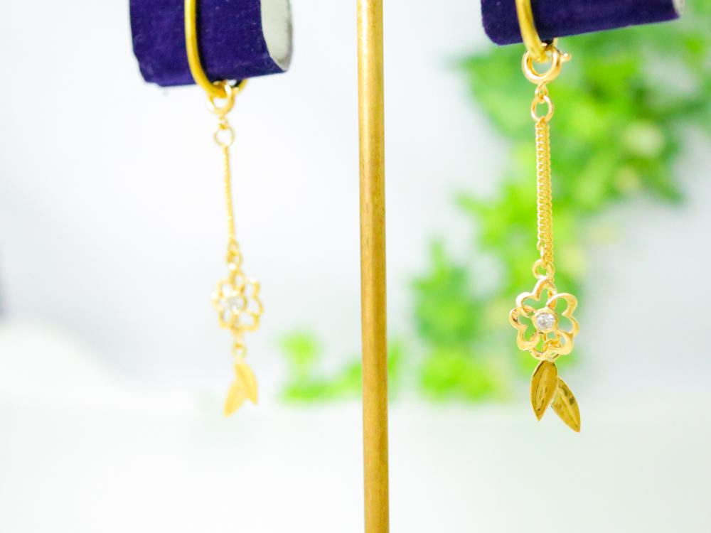 小花のイロジカケプチチャーム
