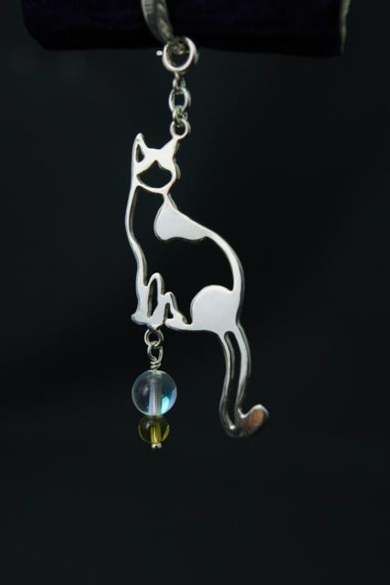 宝石と猫展 旅する猫 新作 ハンドメイドアクセサリー シルバー